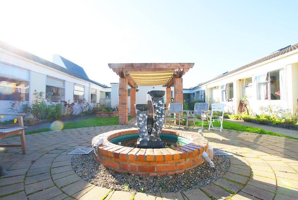 Longview Home courtyard