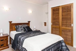 Bedroom in one bedroom Reevedon villa