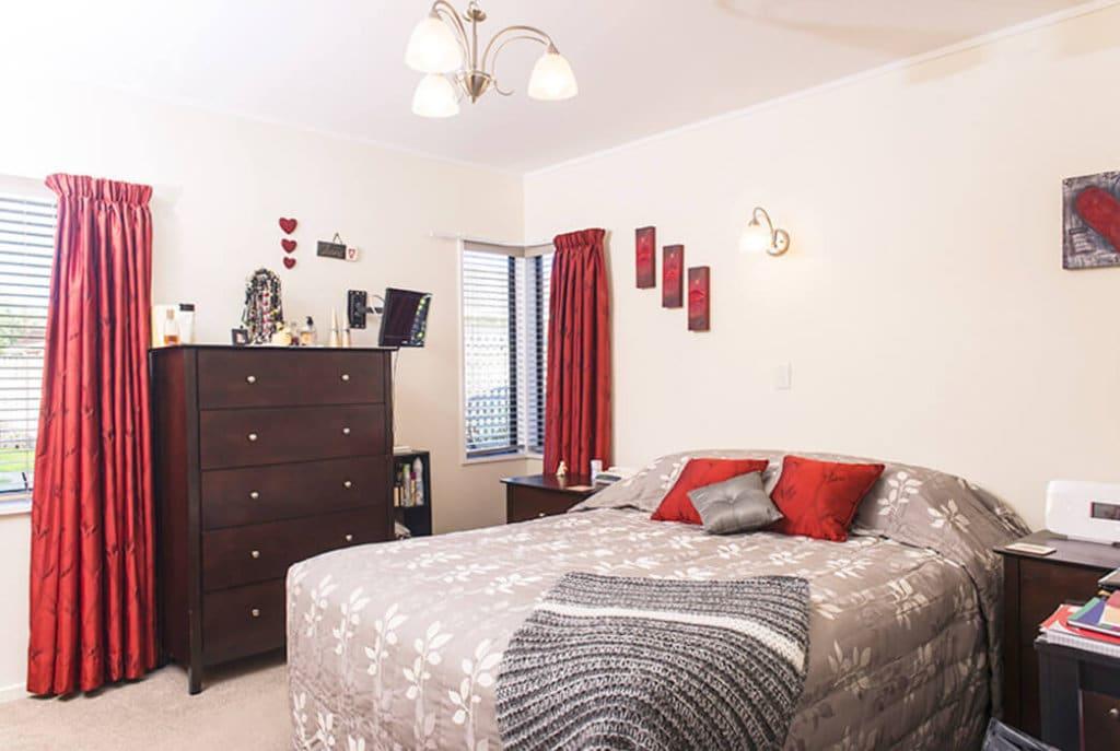 Bedroom in a two bedroom Reevedon villa